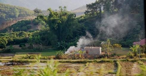 Blick aus dem Songthaew von Mae Chan nach Doi Mae Salong, Thailand