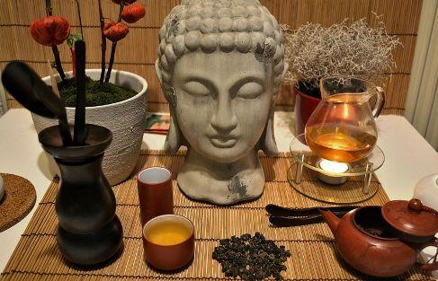 Four Seasons Oolong Tee aus Doi Mae Salong mit Buddha