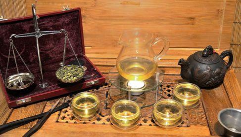 """Long Jing Drachenbrunnen Grüner Tee: Spitzenplatz in allen """"Best of""""-Listen chinesischer Tees"""