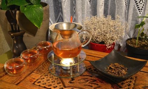 Heimische Zubereitung von Kyobancha Tee